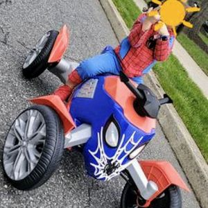 Marvel Spiderman Bike (Ride-On Toy by Kid Trax) for Sale in El Monte, CA