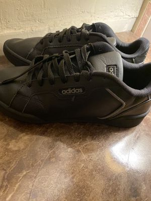 Adidas Shoes size 9.5 for Sale in El Centro, CA