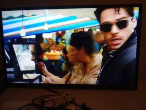"Smart 32"" Vizio HDTV for Sale in Laredo, TX"