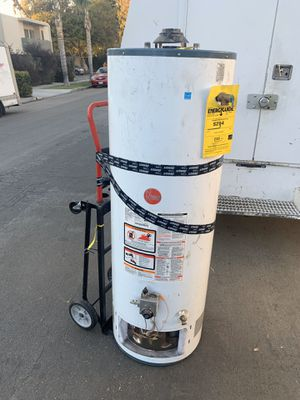Water heater for Sale in Hawthorne, CA