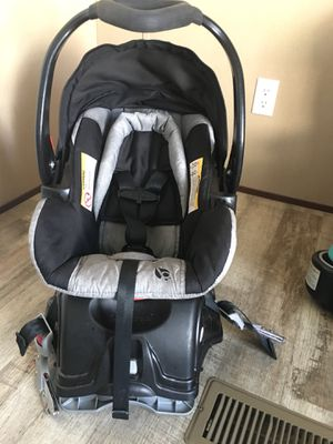 Baby Trend Car seat for Sale in Nashville, TN