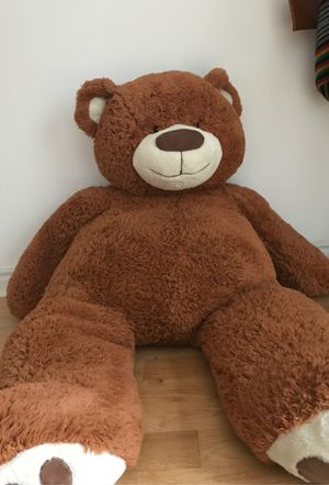 Giant Teddy Bear - Valentine's Day is coming up! for Sale in Salt Lake City, UT