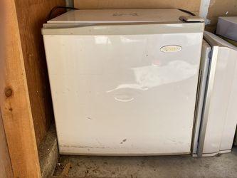 Mini-fridge for Sale in Union City,  CA