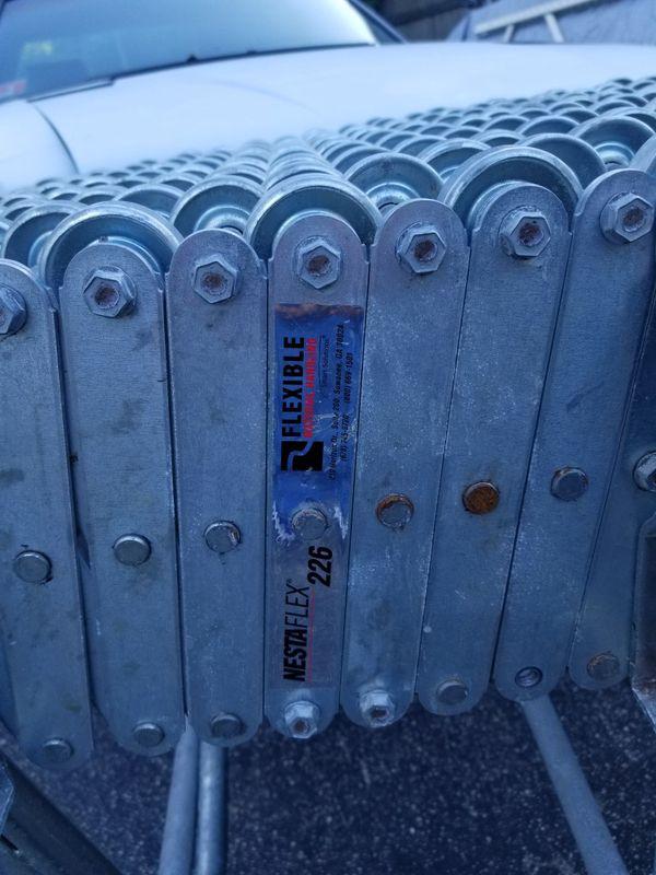 ROLLER - SKATEWHEEL CONVEYOR NESTAFLEX. 226. ROLLER CONVEYER