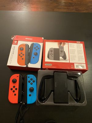 Nintendo Switch joy con and joy con comfort grip for Sale in Phoenix, AZ