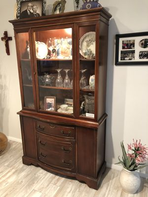 Antique hutch with dining room table set for Sale in Bradenton, FL