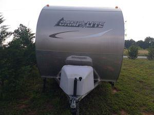 2013 travel trailer camper, or trade for Sale in Campobello, SC