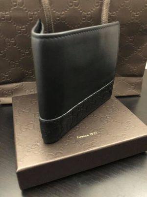 Men's Gucci wallet for Sale in Sunnyvale, CA