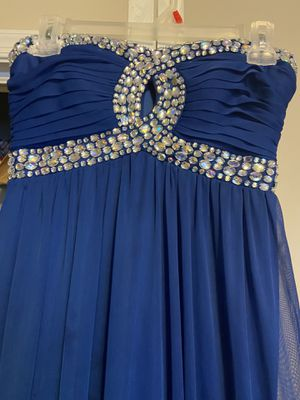 Royal blue prom dress size 7 for Sale in Durham, NC