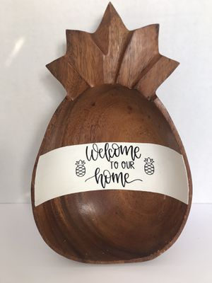 Wood Pineapple Bowl Decoration for Sale in Centralia, WA