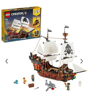 LEGO CREATORS 3 IN 1 PIRATE SHIP. for Sale in Sacramento, CA