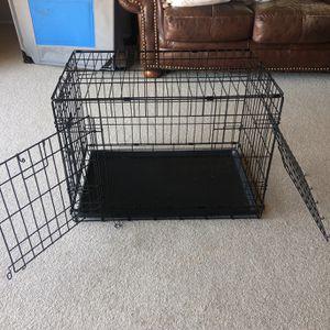 "22"" Dog Crate (Medium Breeds) for Sale in Huntington Beach, CA"