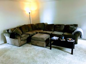 Large green sectional couch for Sale in San Diego, CA