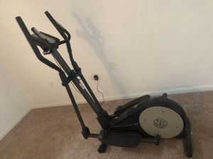 Gold's Gym Stride Trainer 380 for Sale in Sudley Springs, VA