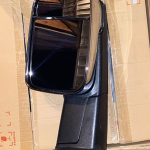 09-16 DODGE RAM 1500 10-16 Ram 2500 3500 Chrome And Black Towing Mirrors for Sale in Los Angeles, CA
