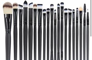 EMAX DESIGN EYE SHADOW MAKEUP BRUSH SET for Sale in Pearland, TX