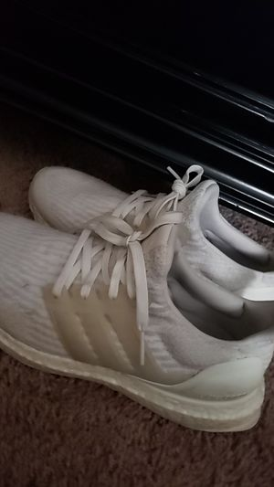 Women's size 7.5 Adidas Ultra Bosst for Sale in Austin, TX