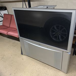 Hitachi Tv for Sale in Sterling Heights, MI