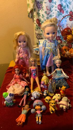 Mix of dolls! for Sale in Ontario, CA