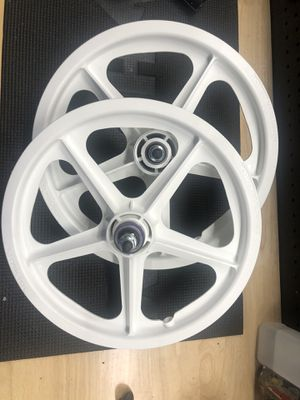 Skyway tuff wheels for Sale in Los Angeles, CA