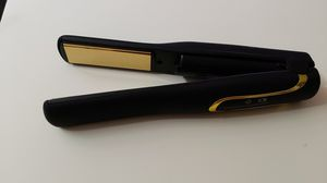 B-Qtech cordless travel flat iron hair straightener with USB charging for Sale in Seattle, WA