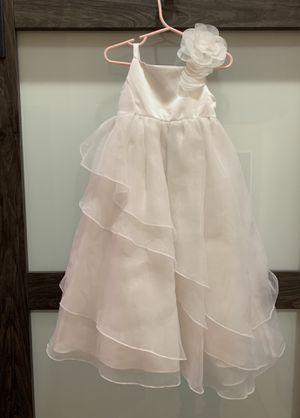 Girl's flower girl dress - David's Bridal brand - fits 5T/6 for Sale in Coconut Creek, FL
