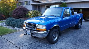 1998 Ford Ranger extra cap 119000 miles for Sale in Tacoma, WA