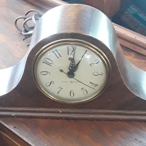 Antique Vintage Clock for Sale in Upper Marlboro, MD