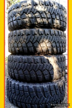 35x12.50R20 tires no wheels for Sale in Vancouver, WA