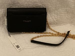 Marc Jacobs Leather Crossbody Bag for Sale in Frederick, MD