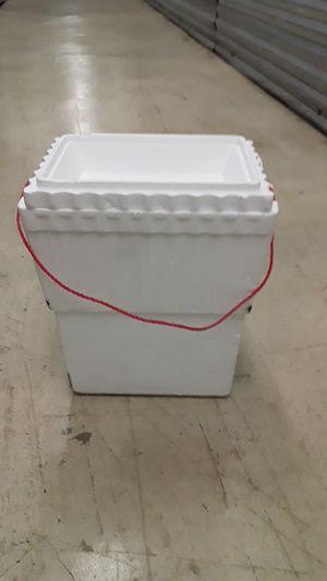 Foam cooler Small for Sale in Miami, FL