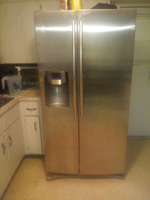 Samsung refrigerator for Sale in Holiday, FL