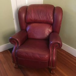 Lazy Boy recliner for Sale in Gloucester,  MA
