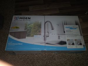 MOEN Essie Touchless Single-Handle Pull-down Sprayer Kitchen Faucet in Spot Resist Stainless for Sale in Las Vegas, NV