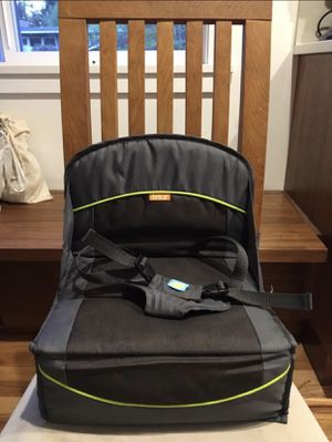 Brica travel booster seat toddler for Sale in Kirkland, WA