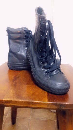 Womens/mens shoes for Sale in Fresno, CA