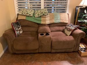 Brown reclining sofa/couch for Sale in Highland, CA
