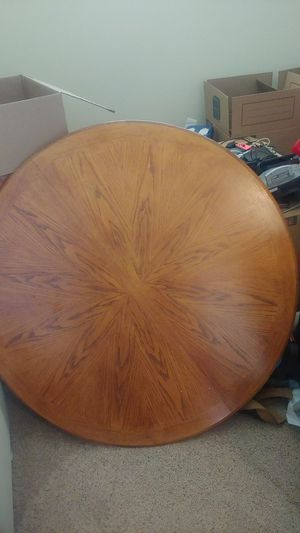 Dining room table for Sale in Wenatchee, WA