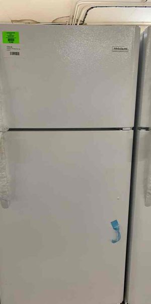 New refrigerator!! Comes with warranty Frigidaire brand 503 for Sale in Houston, TX