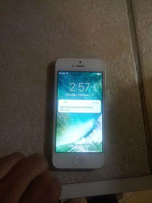 Iphone 5 16 gb Verizon for Sale in Denver, CO