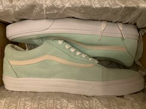Deal on vans & converse! Unisex for Sale in Huntington Beach, CA