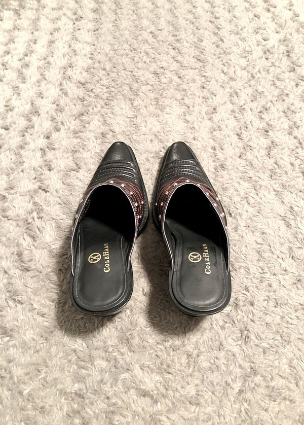 Women's Cole Haan Mule boot paid $125 Size 5.5 Excellent condition! Black & red western boot mule. Silver studs. #D18358. Made in Brazil.