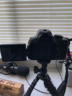 Canon EOS Rebel T5i for Sale in Columbia, SC