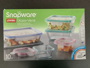 Snapware/Pyrex for Sale in Corona, CA