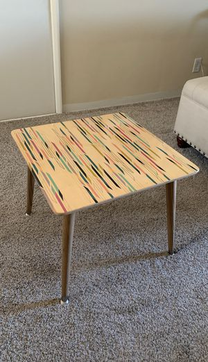 """Accent table/side table Minimalist/ Mid Century modern 19""""x19"""" Height 16.5"""" for Sale in Glendale, CA"""
