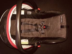 GRACO SnugRide Click Connect 30 LX with Car Seat and Base for Sale in Mesquite, TX