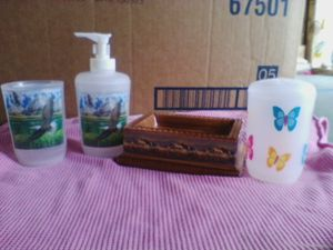 Plastic cup,,,soap pump,,,and tooth brush holder,,and ceramic soap dish. for Sale in Linden, PA