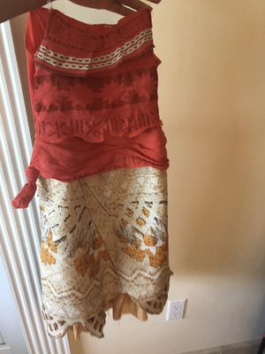 Moana Costume size 7-8 for Sale in Miami, FL