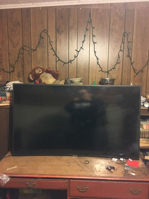 Samsung Curved Smart tv for Sale in Beaumont, TX