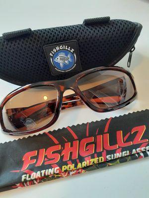$10! New fishgillz polarized floating fishermen sunglasses for Sale in Tacoma, WA